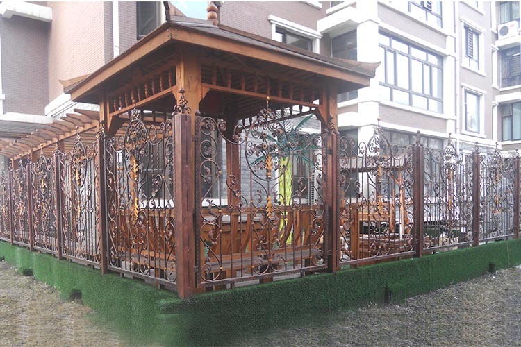 佳木斯金港湾小区锻铁围栏